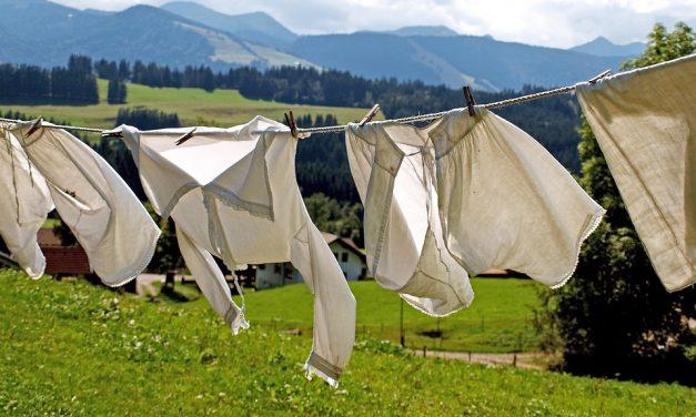 Les 10 bonnes raisons d'étendre son linge pour vêtements
